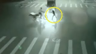 5 Angels Caught On Camera Flying & Spotted In Real Life! #3 thumbnail