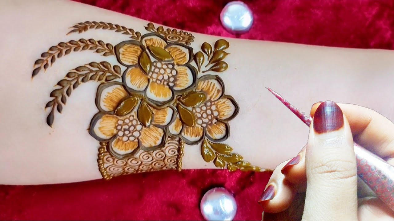 VERY BEAUTIFUL LATEST FLORAL ARABIC HENNA MEHNDI DESIGN FOR FRONT HAND    Eid special mehndi design