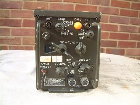 R442 Military VHF Radio Receiver Disassembly and Fuse / Powe