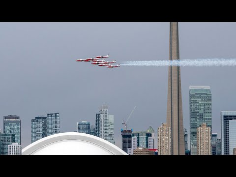 Former commander vouches for safety of Snowbirds jets