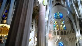 Храм Святого Семейства(Храм Святого Семейства или Саграда Фамилия- это, пожалуй, самая знаменитая и посещаемая достопримечательно..., 2013-12-20T17:49:12.000Z)