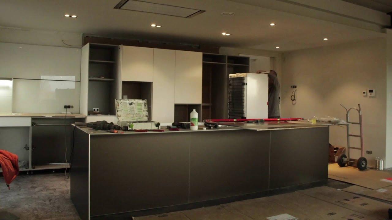 bulthaup berlin bulthaup b dfk laminat kunststoff grau moderne musterkche with bulthaup berlin. Black Bedroom Furniture Sets. Home Design Ideas