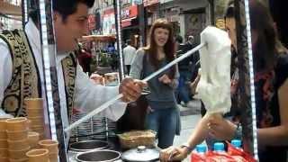 Estambul, típico puesto de helados