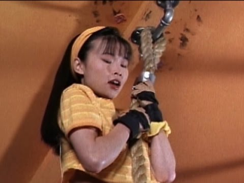 Trini (Yellow Ranger) faces her fear (Mighty Morphin Power Rangers)