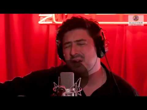 Marcus Mumford: Guiding Light (Live Novas Red Room - Acoustic Solo)
