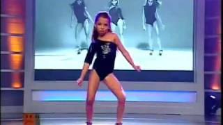 MINI BEYONCE Dancing SINGLE LADIES