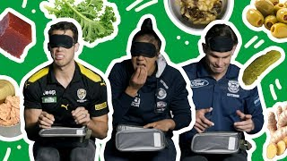 AFL players try the mystery lunchbox challenge!!!