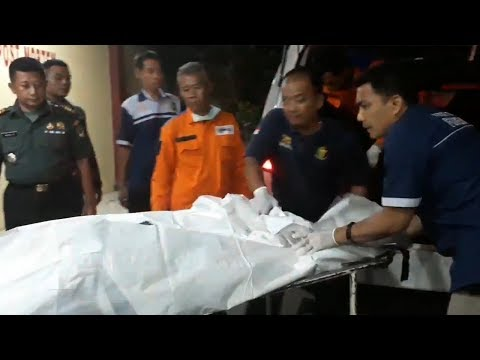 Kembali Terima 4 Kantong Jenazah Korban Lion Air PK-LQP, Total Ada 65 Kantong Jenazah di RS Polri - 동영상