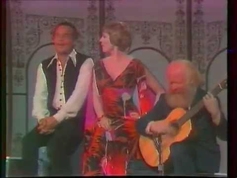 Download Harry Belafonte & Julie Andrews - Marianne (live, 1972)