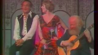 Harry Belafonte & Julie Andrews - Marianne (live on US tv, 1972) Wi...