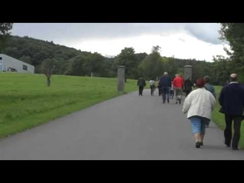 071909 Walking to Dora Nordhausen entrance