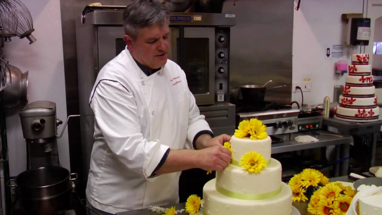 Wedding cakes how to put silk flowers on wedding cake youtube junglespirit Gallery