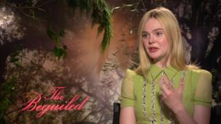 """Elle Fanning Talks About Kissing Colin Farrell in """"The Beguiled"""""""