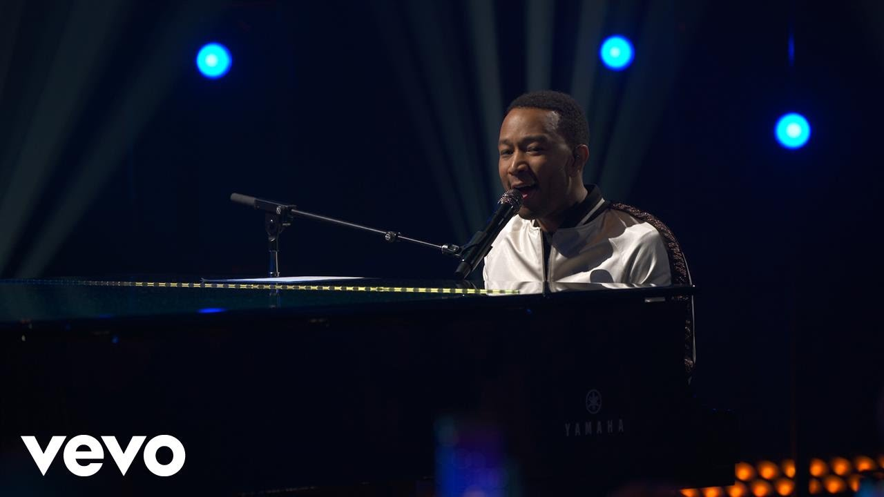 john-legend-love-me-now-live-on-the-honda-stage-at-iheartradio-theater-la-johnlegendvevo