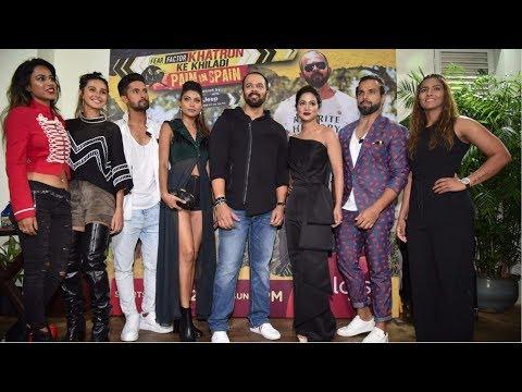 Rohit Shetty With Team Khatron Ke Khiladi Season 8   Khatron Ke Khiladi Special Screening