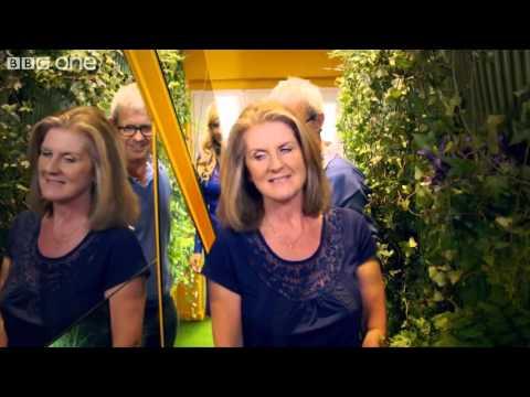 Julie Pietri - Eve lève toi (Clip Officiel)de YouTube · Durée:  3 minutes 57 secondes