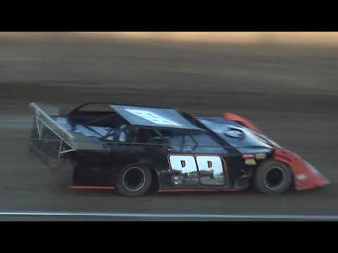 IMCA Late Model Heats Independence Motor Speedway 8/12/17