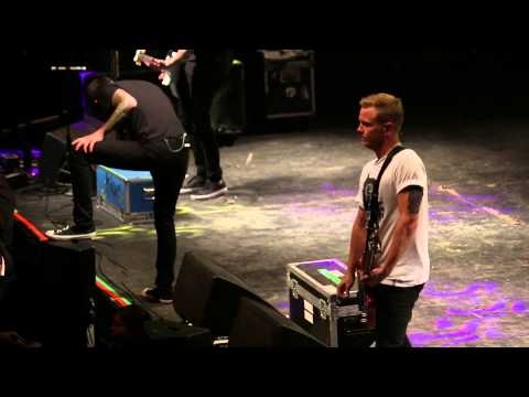 A Day To Remember - Sometimes You're The Hammer... (LIVE FULL HD Santiago de Chile 2014)
