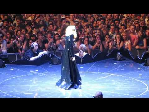 Telephone by Lady Gaga Live in Melbourne - Monster Ball Tour 2010