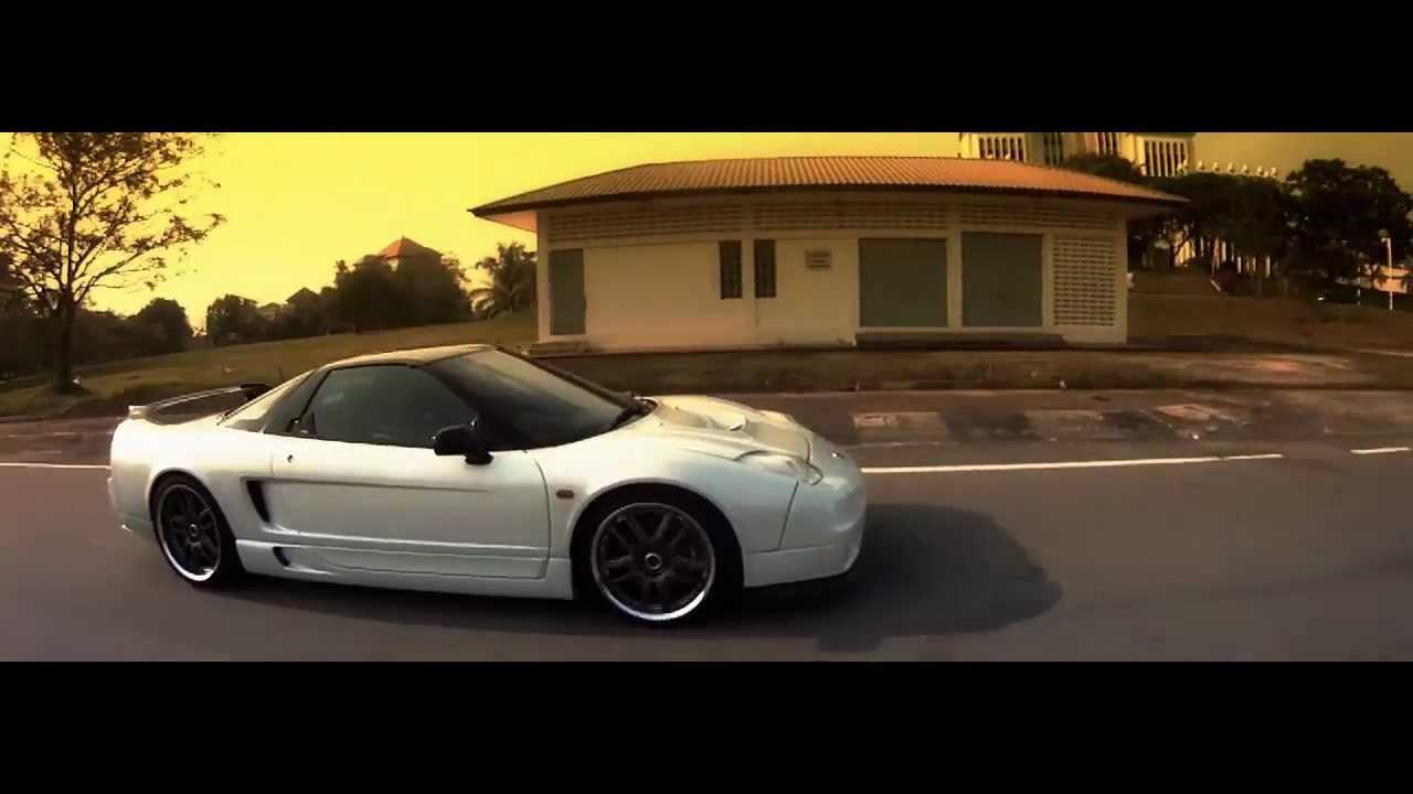 Honda NSX - 2011 - YouTube