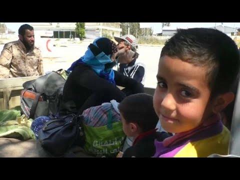 أُسر نازحة في ليبيا تناشد الأمم المتحدة وقف القصف الجوي…  - 22:54-2019 / 4 / 18