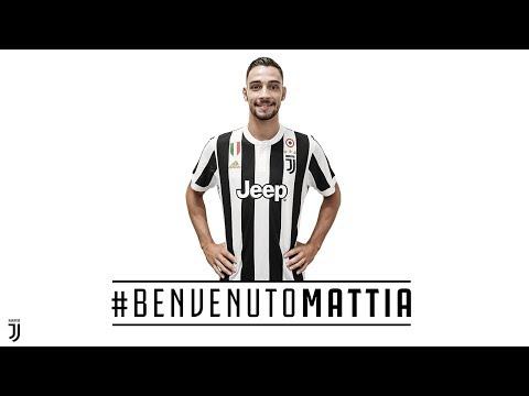 De Sciglio signs for Juventus