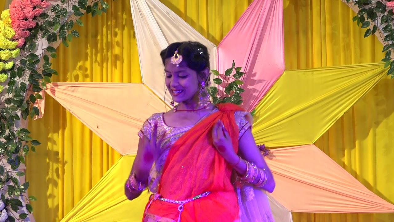 gori tori lal ghagra dance - YouTube