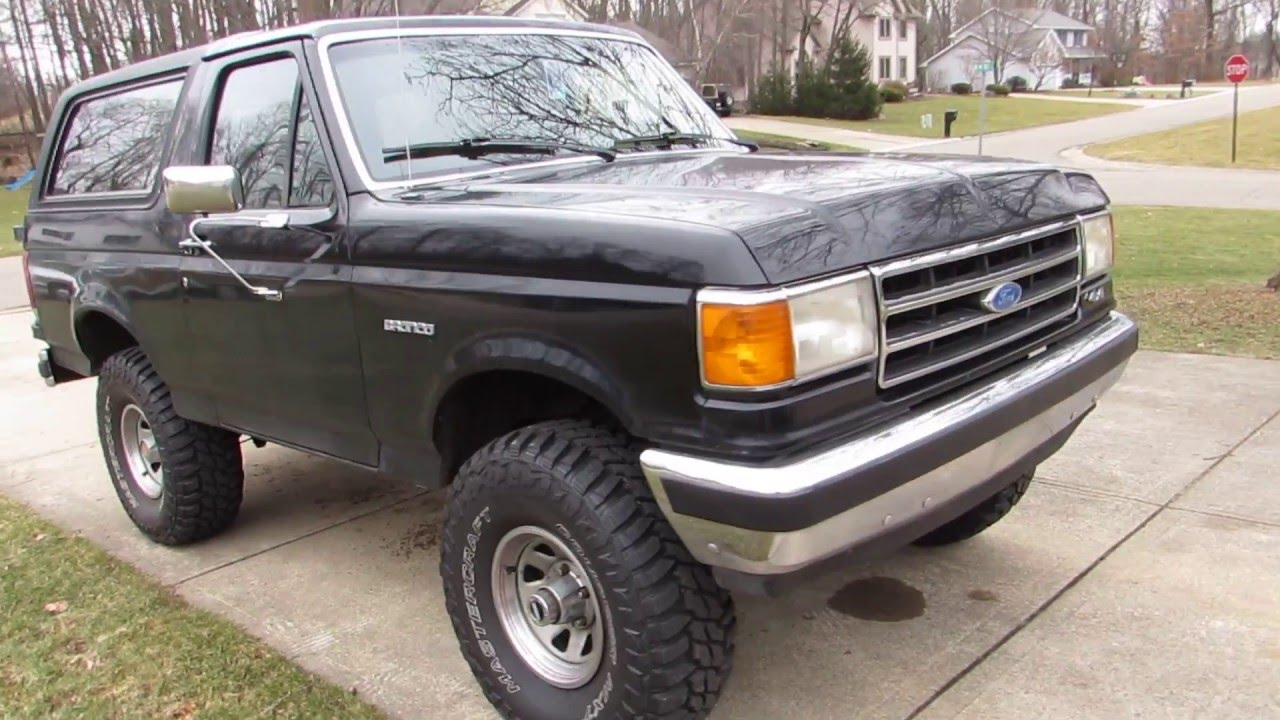 Quick walk around of my 1989 ford bronco eddie bauer