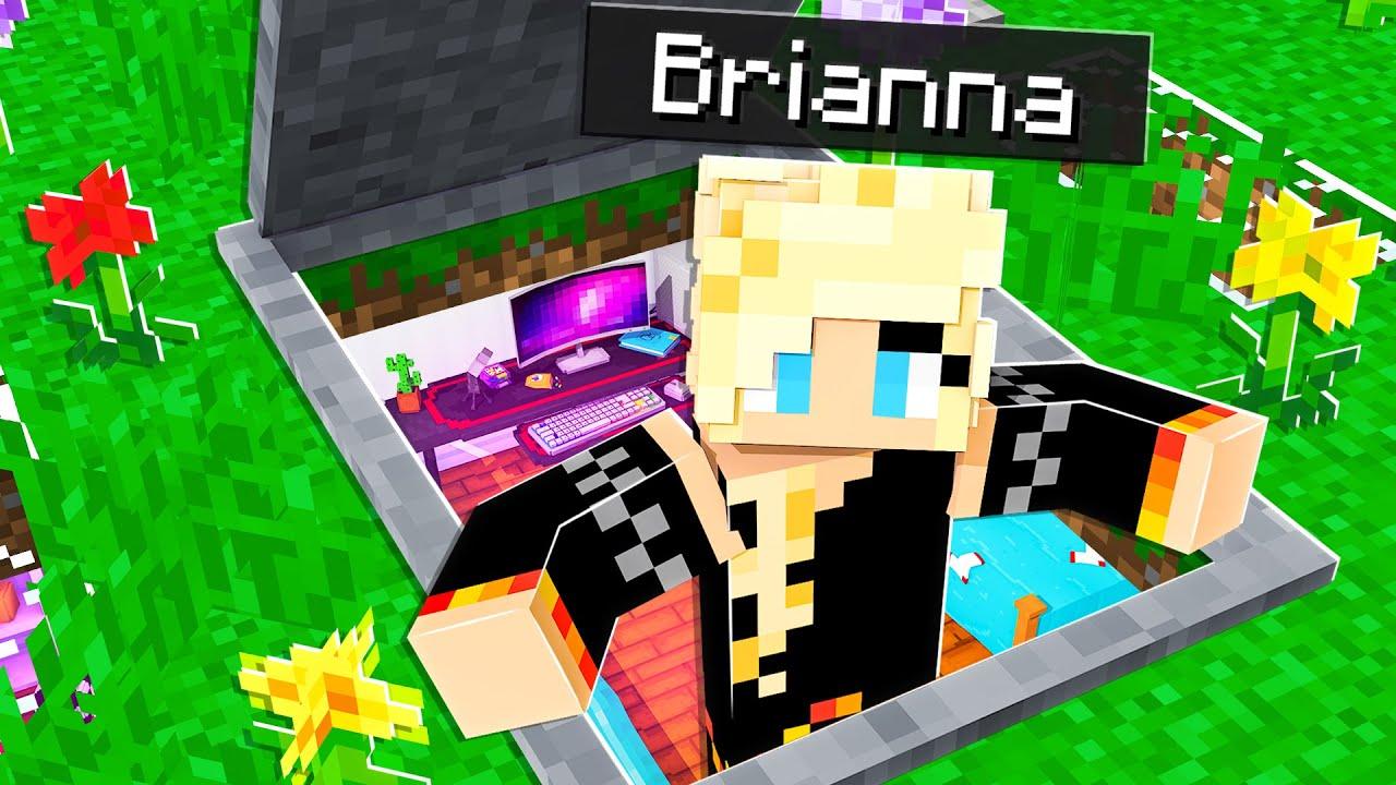 Download I Built a SECRET House on a Girls Only Minecraft Server!