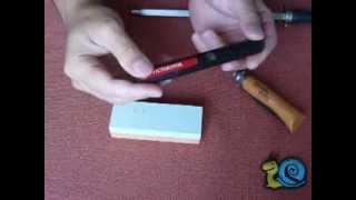 Приспособления для заточки ножей. Knife Sharpener.(1. Мусат для правки. Преимущества: быстро формирует режущую кромку. 2. Точилка карманная VICTORINOX Преимущества:..., 2013-09-22T13:13:21.000Z)