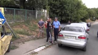 Автомобильная авария в центре Василькова.