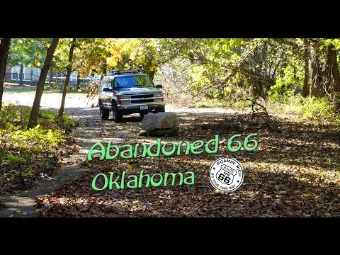Exploring abandoned Route 66 in Catoosa, Oklahoma
