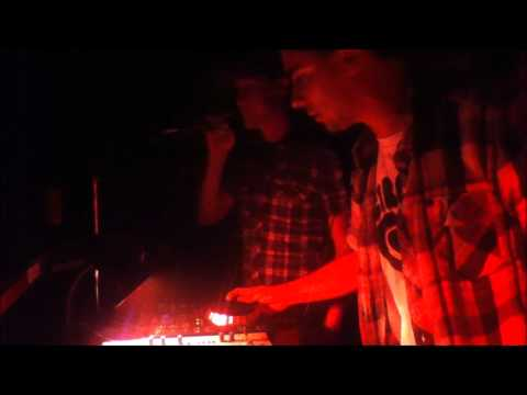 Dre Luca & Frequency Live @ Amplify Mondays / Aug 29th, 2011