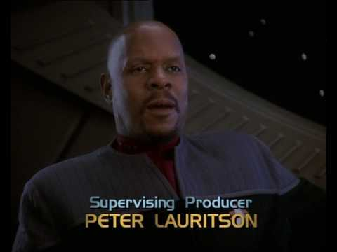 Explaining the LMH to Sisko Star Trek Deep Space Nine - Doctor