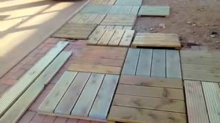 видео Технология укладки террасной доски и садового паркета (декинга)