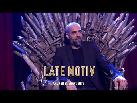 LATE MOTIV  Sentando a Luis Tosar en el sofá y en el trono  LateMotiv32