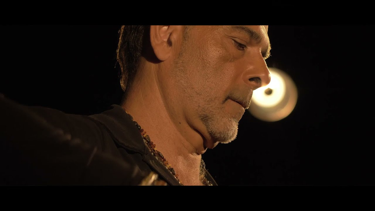 JUAN CARMONA  - LLAVE DE TU CORAZÓN (feat. EL PELE, YOUBA ADJRAD, ISTANBUL STRINGS)