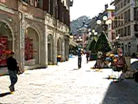 A Sunday morning walk in Chambéry France