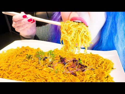 asmr:-spicy-thai-soba-ramen-noodles-&-crunchy-cucumber-~-relaxing-eating-sounds-[no-talking|v]-😻
