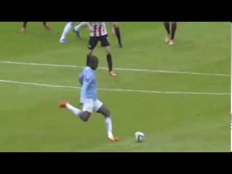 Yaya Touré Fantastic Goal  vs Sunderland