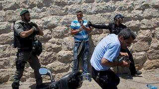 Violent protests erupt over Jerusalem mosque metal detectors
