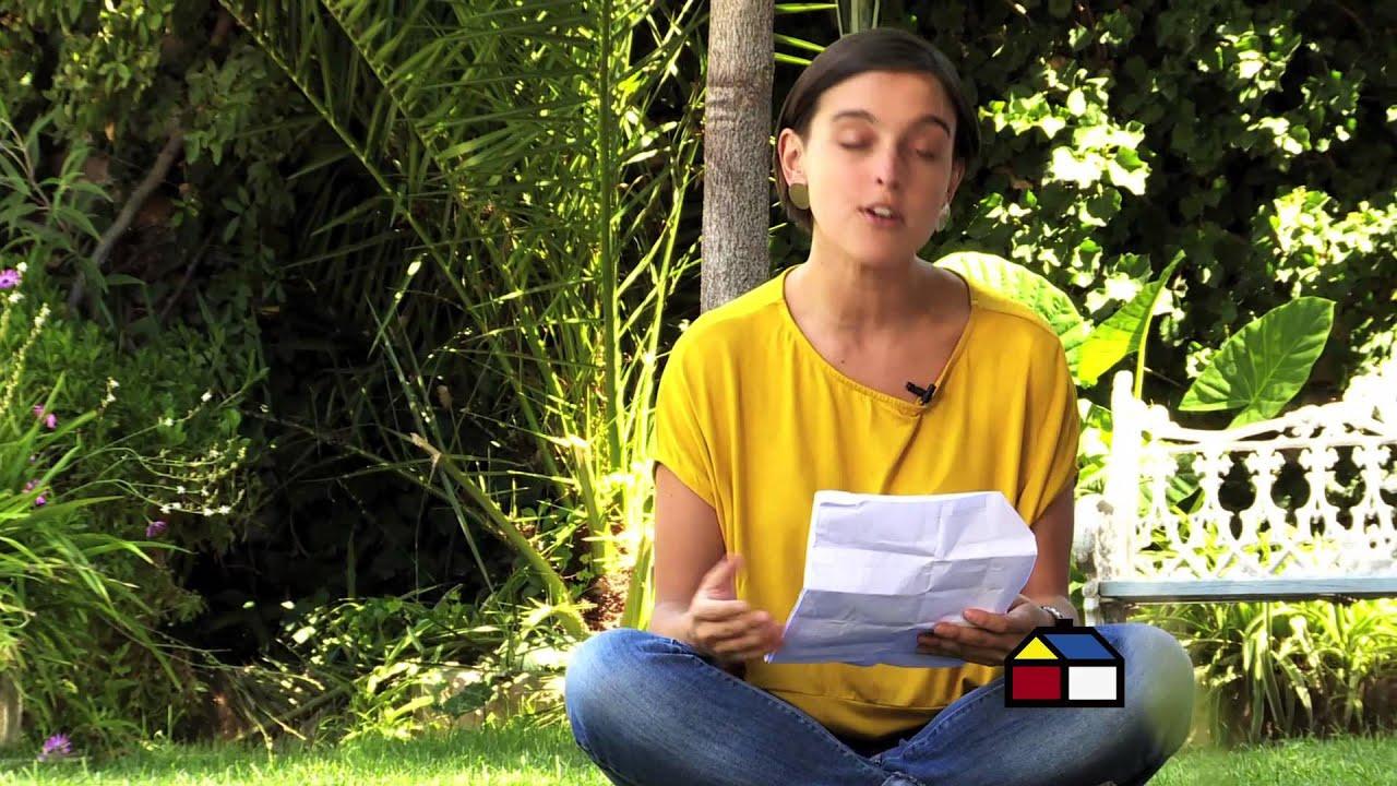 C mo prevenir el ataque de hongos en el cesped youtube for Hongos en el cesped jardin