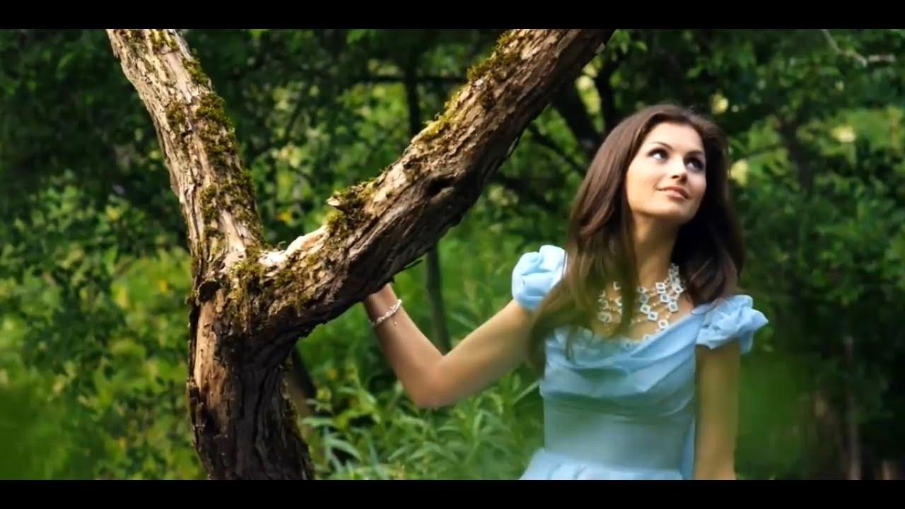 Смотреть видео очень красивая девчонка париться — pic 5