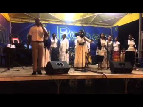 Bryan and GOSHEN song CARAIBE live concert in Martinique