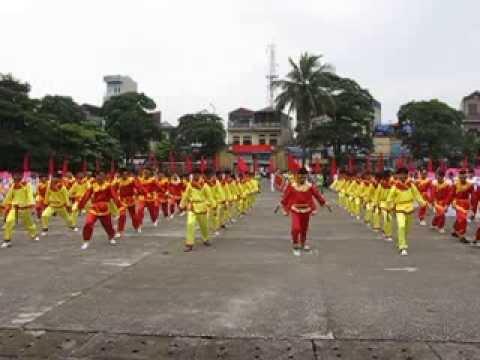 Tiết mục đồng diễn của trường THPT Nguyễn Trãi- Thường Tín( Đại hội TDTT huyện TT 2013-2014)