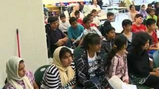 "TV Bericht - ""Peace Village"" - Islam Ahmadiyya Muslime bauen friedliche Stadt"