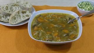 Густой Грибной суп с Перловой крупой и овощами на мясном бульоне. Очень сытный и вкусный.