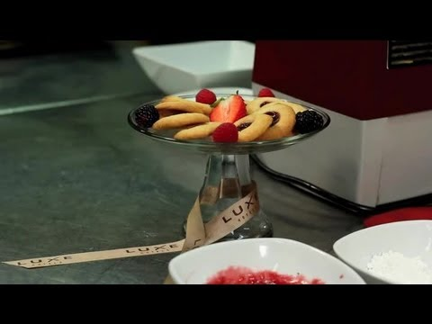 Kolaches With Cream Cheese & Fruit : Cookies!