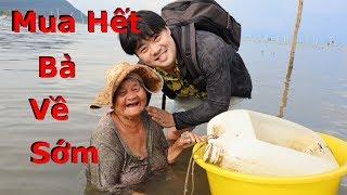 Mua hết 26kg sò và óc ủng hộ bà cụ trầm mình dưới biển để bán tại làng chày Hàm Ninh  🇻🇳100