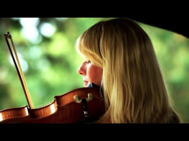 Fiona Pears - Ingham Lazy Sundays 2013